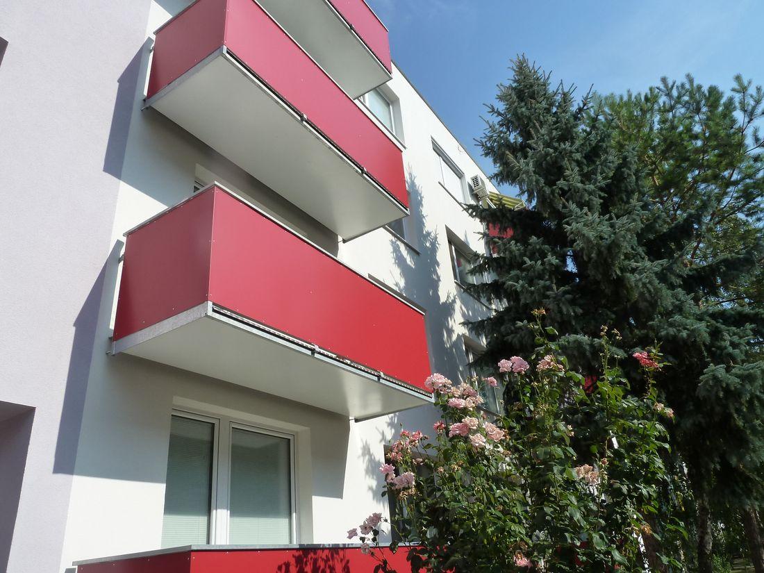 12. Nové závesné balkóny