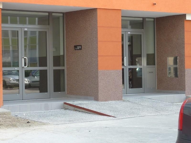 stavbarska-vchody